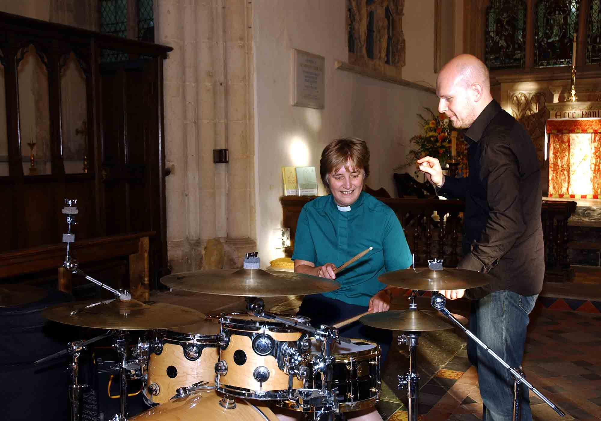 Canon Sue Booys and Phil Selway (Radiohead) drumming workshop